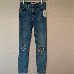 Free people size 26 skinny jeans